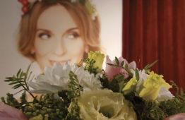 Nové květinářství v pasáži před divadlem Studio DVA